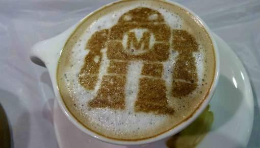 Robotter på redaktionen: Kulegraver nettet og siger til, når kaffen er klar
