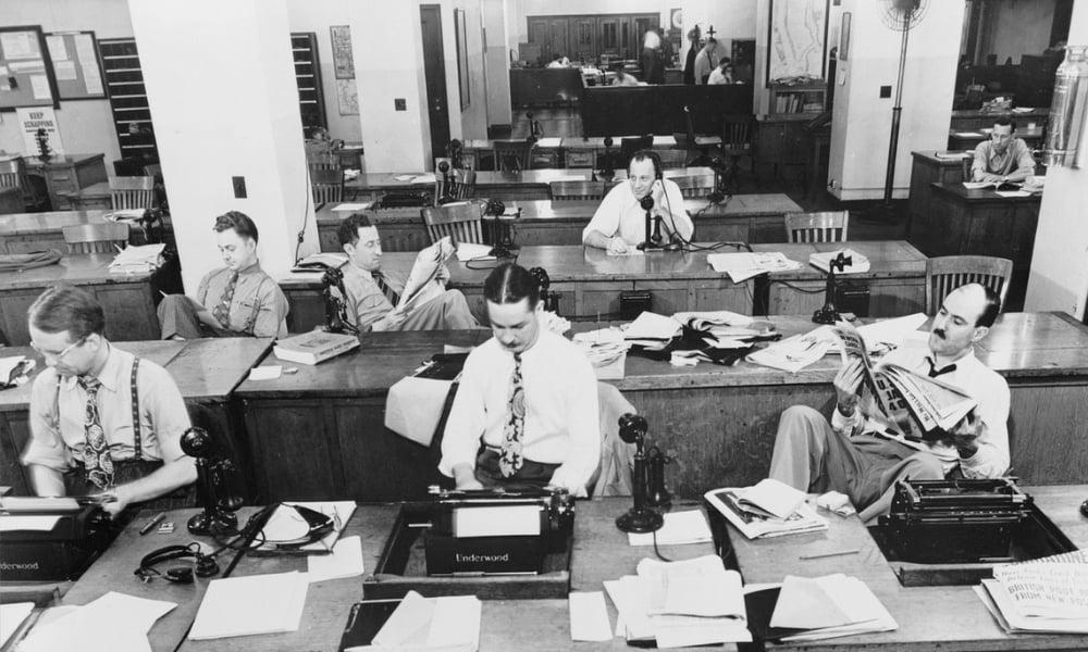 Mediebranchen taber omsætning og halter bagud på ligestilling